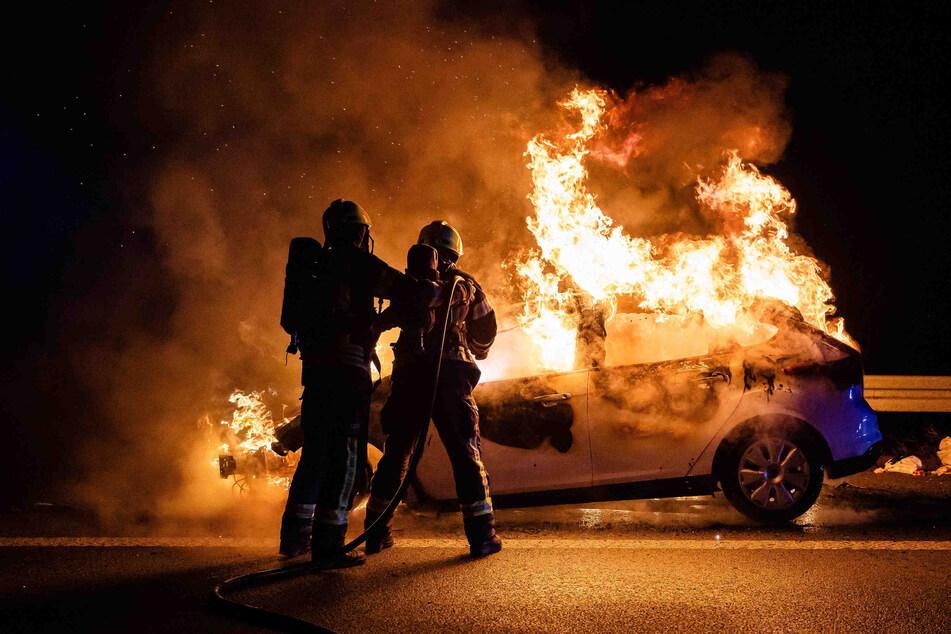 Der Brand konnte von den Freiwilligen Feuerwehren schnell unter Kontrolle gebracht werden.