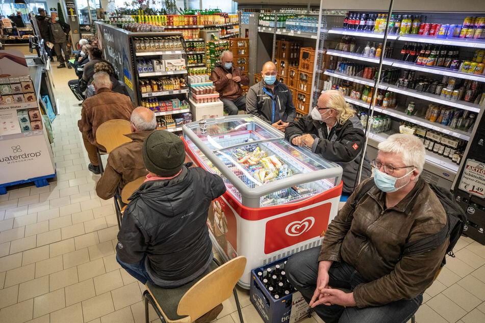 Impfaktion im Supermarkt? In Pforzheim wurde das aufgrund liegengebliebener AstraZeneca-Dosen Anfang Mai durchgeführt.