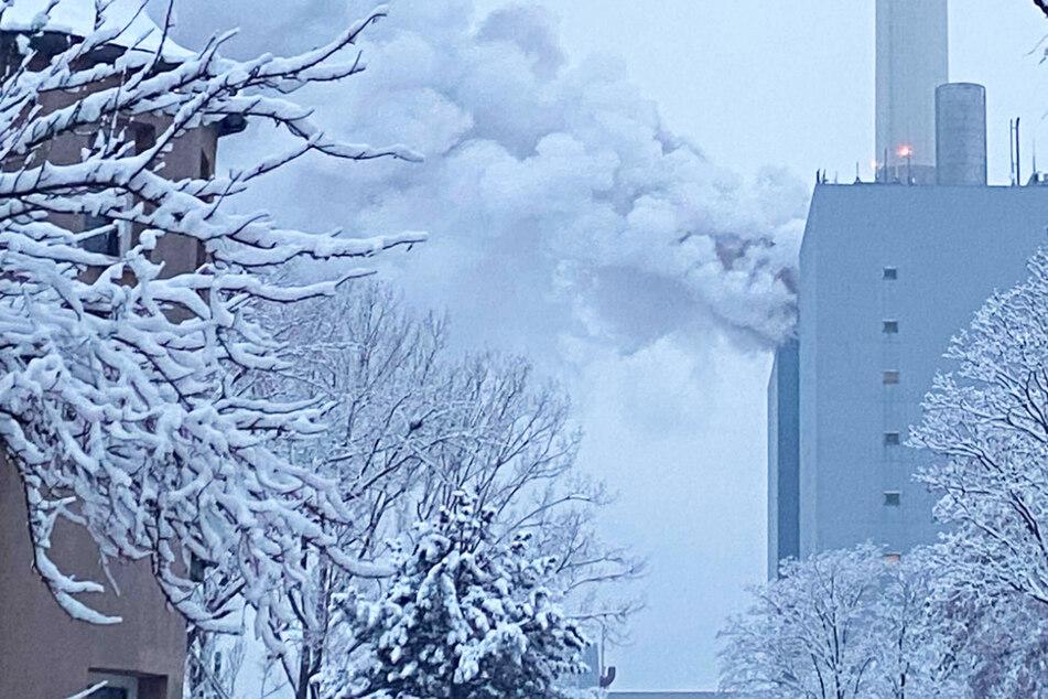 Nach dem Brand in einem Nürnberger Großkraftwerk sollen die Menschen in den zwei betroffenen Stadtteilen nicht frieren müssen.