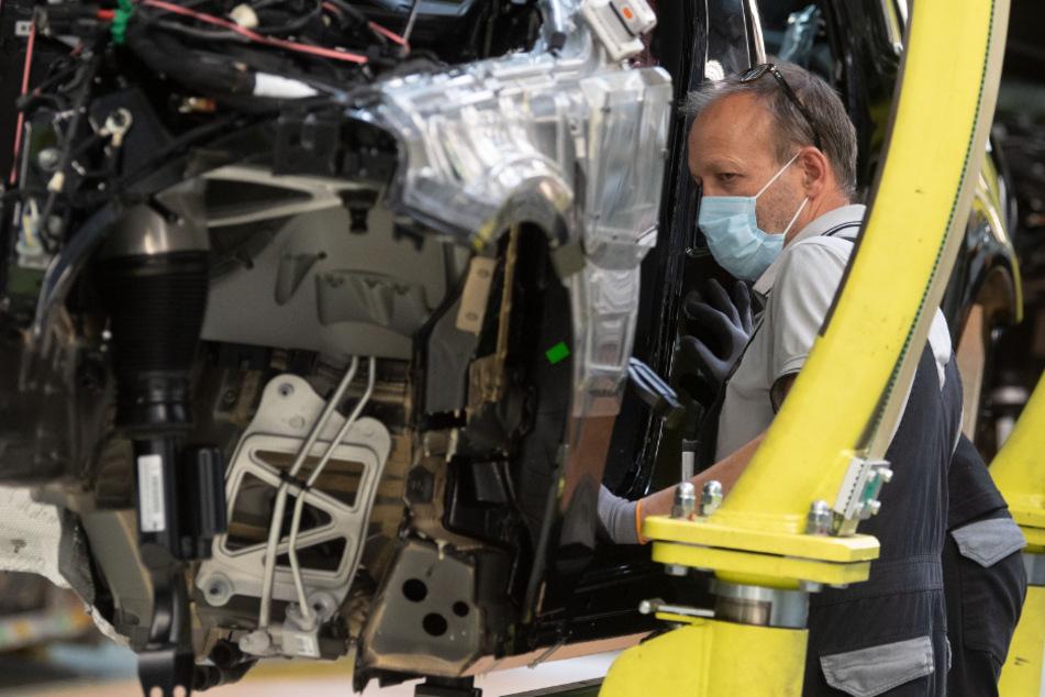 Wegen Corona: Daimler verkauft weniger Autos