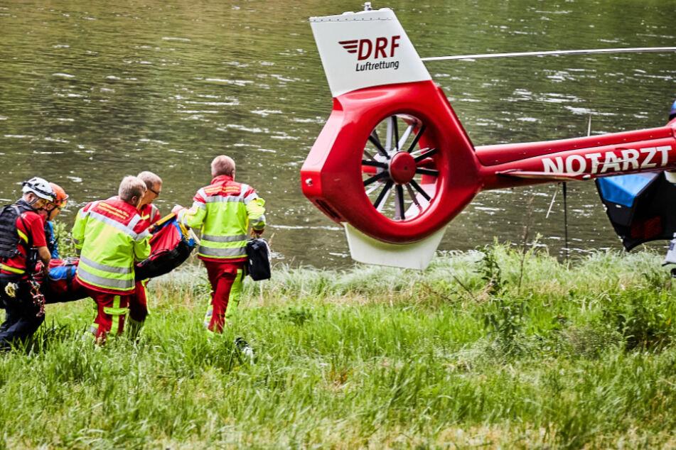 Der Rettungshubschrauber brachte sie ins Dresdner Krankenhaus.