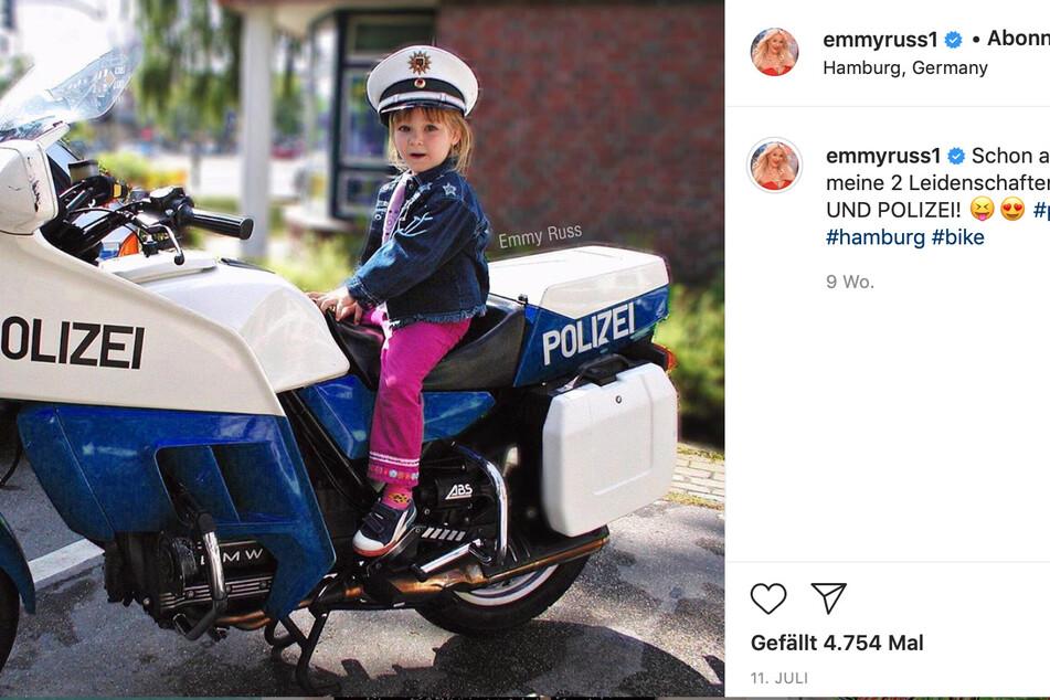 Schon als Kind hatte Emmy eine Vorliebe für die Polizei-Flotte.