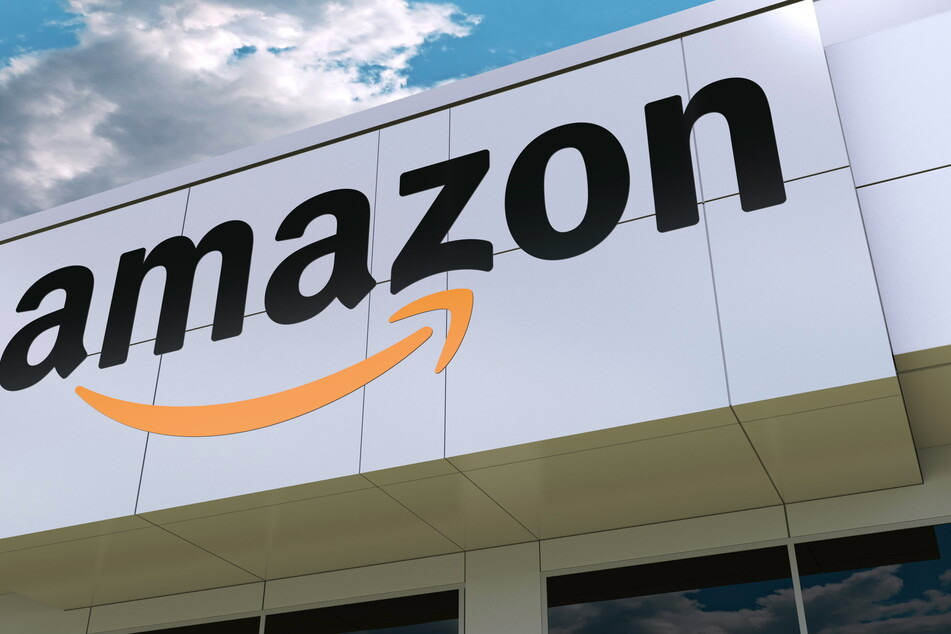 The world's largest online retailer, Amazon, has apologized to a US House representative after a Twitter spat (stock image).