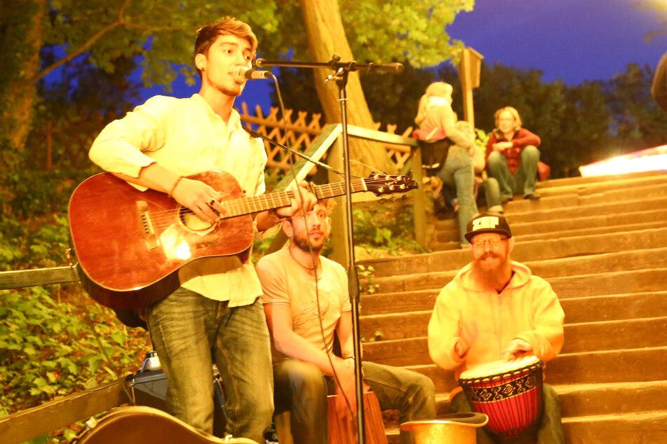 """Zum 5. Mal findet in der Saloppe das Straßenmusik-Festival """"La Strada"""" statt."""
