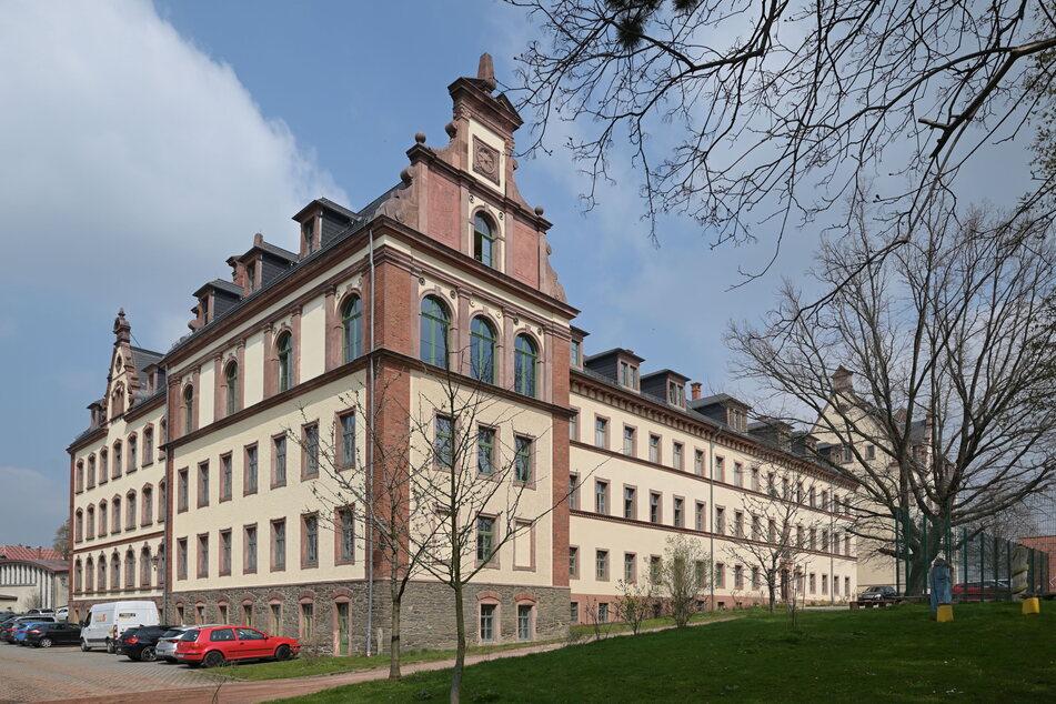 Am Waldenburger Gymnasium erproben Lehrer und Schüler die Lüftungsintervalle mit einem CO2-Messgerät.