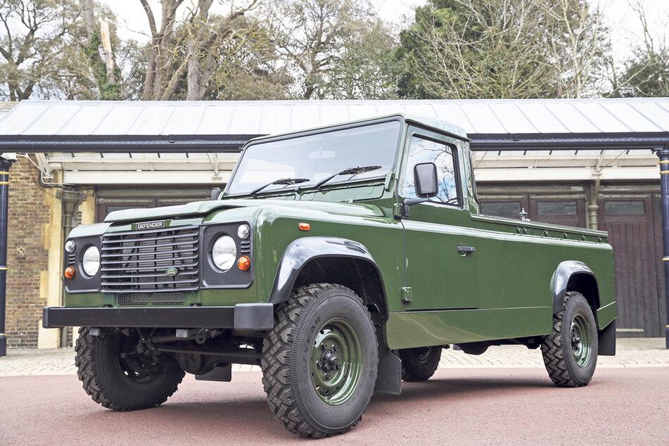 Prinz Philips (†99) Wunsch war es, dass sein Sarg in diesem Land Rover transportiert wird.