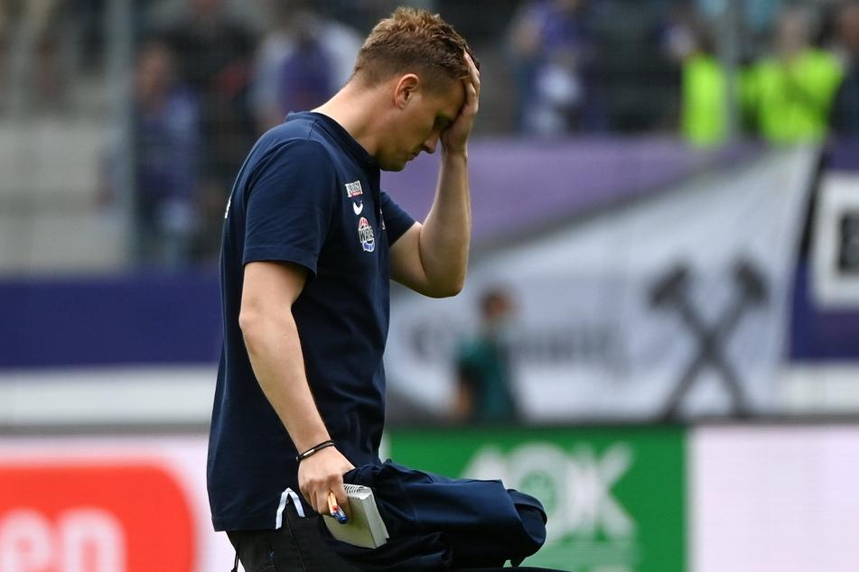 Aleksey Shpilevski (33) griff sich an den Kopf - in Kiel lief alles schief.