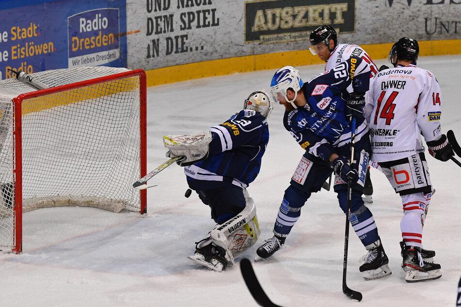 Eislöwen-Goalie Nick Vieregge ließ im Spiel gegen Freiburg nicht nur einmal den kurzen Pfosten offen und kassierte so zwei Tore.
