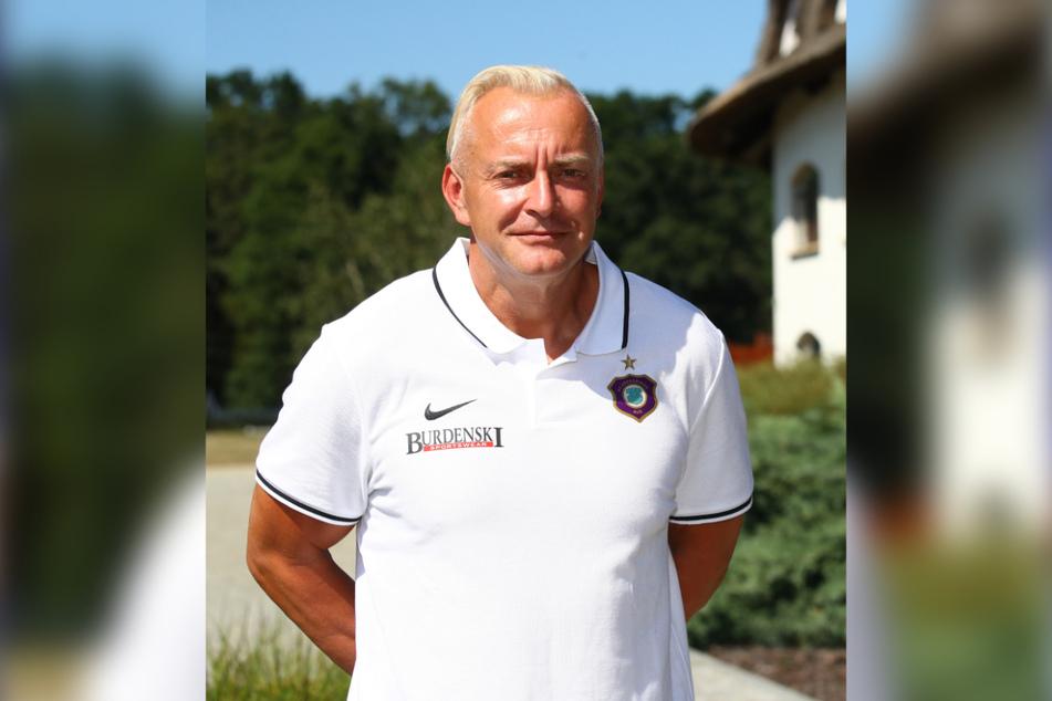 FCE-Geschäftsführer Michael Voigt (48) betont, dass es nicht allein darum gehe, über Einsätze Geld zu generieren, sondern jungen Spielern die Chance zu geben, nach oben zu kommen.