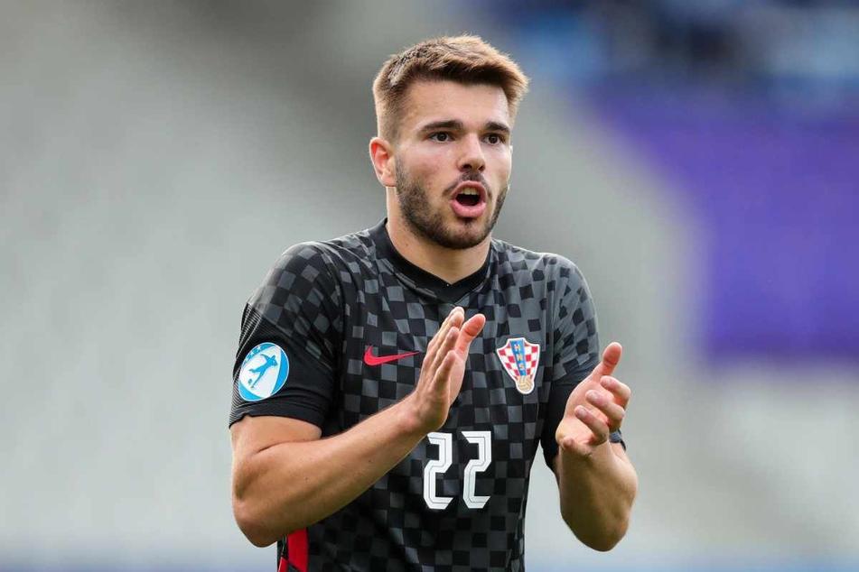 Der kroatische U21-Nationalspieler Mario Vuskovic (19) läuft künftig für den Hamburger SV auf.