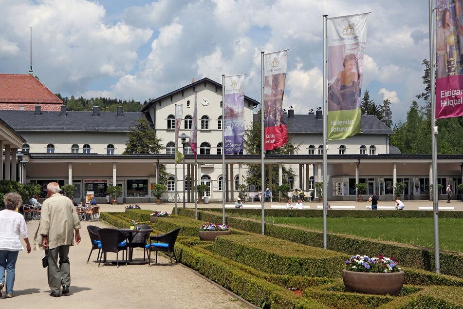 Bad Elster mit seinen Heilquellen ist eines der ältesten Moorbäder Deutschlands. Nun fallen aufgrund von Corona zahlreiche Behandlungen weg.