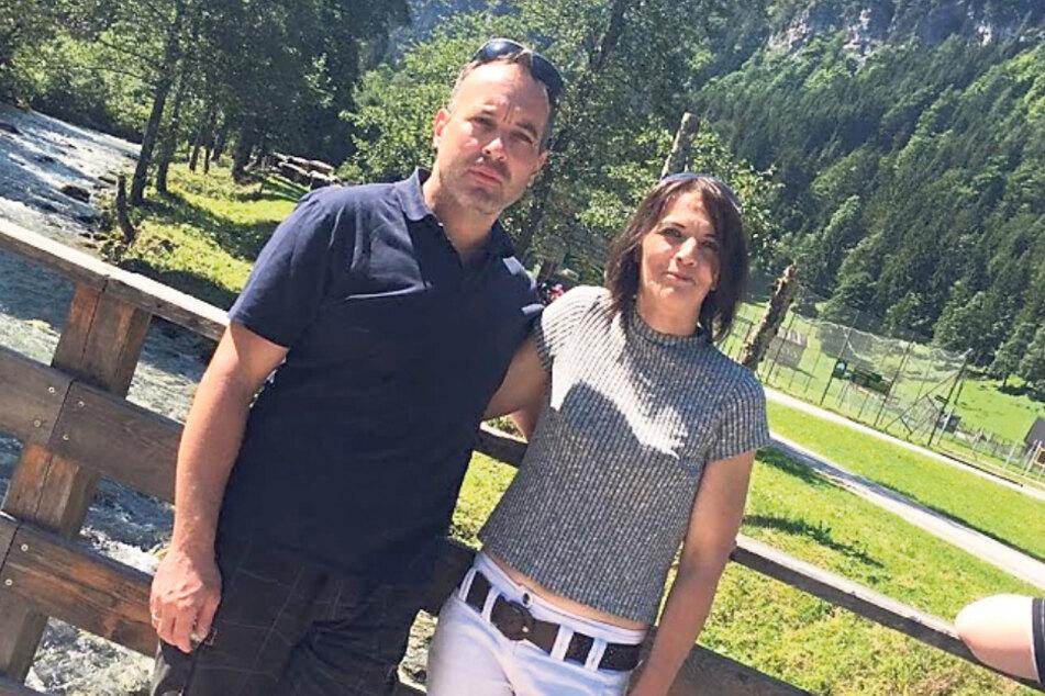 Heiko Herbert mit seiner Frau Bianca in den Bergen. Das Paar hat vier Kinder.