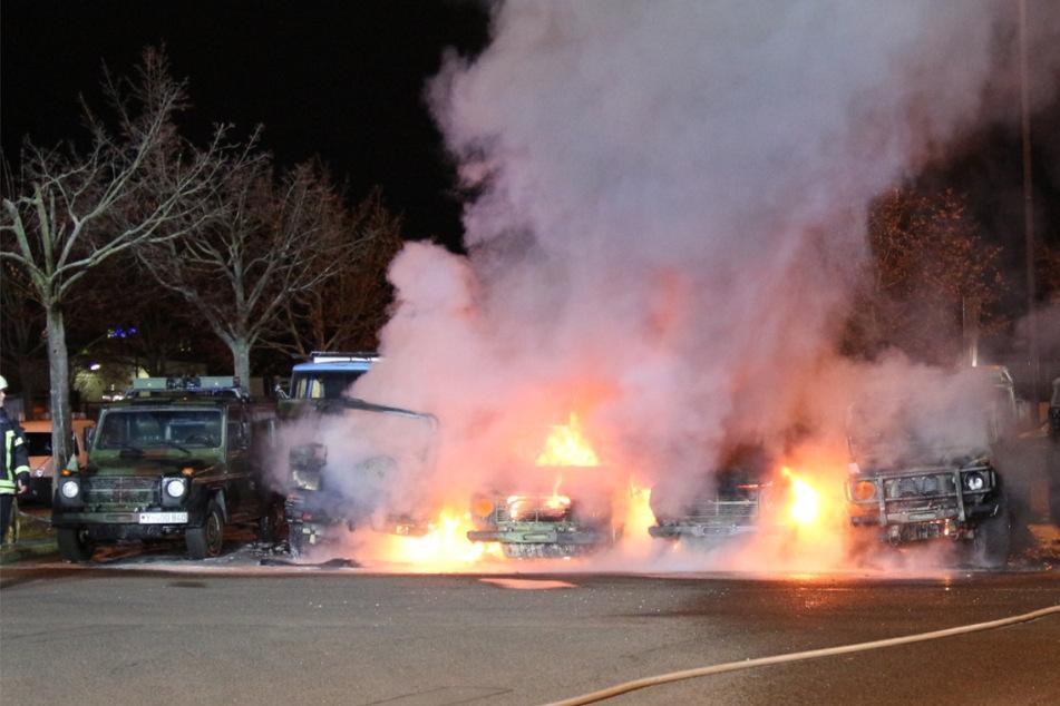 Leipzig: Nach Anschlag auf Bundeswehr-Fahrzeuge zu Silvester: Polizei bietet hohe Belohnung für Hinweise