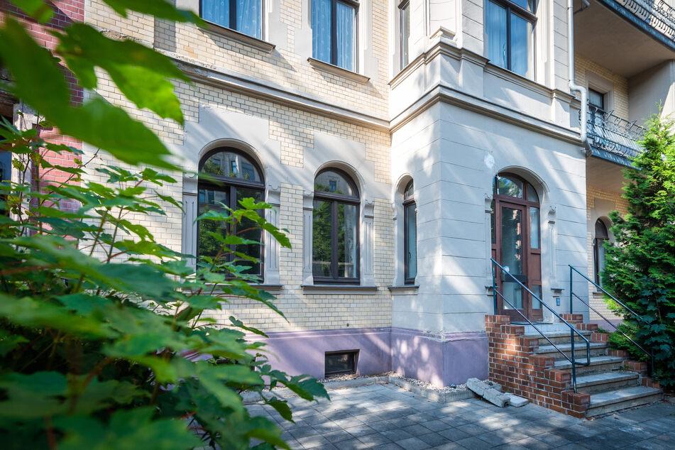 Die Treppe führt demnächst ins Reich der Aromen: In der Weststraße 46 eröffnet das 1. Gewürzcafé.