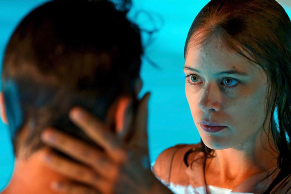 """""""Undine"""": Deutsches Kino-Traumpaar Paula Beer und Franz Rogowski überzeugt in Berlinale-Hit"""