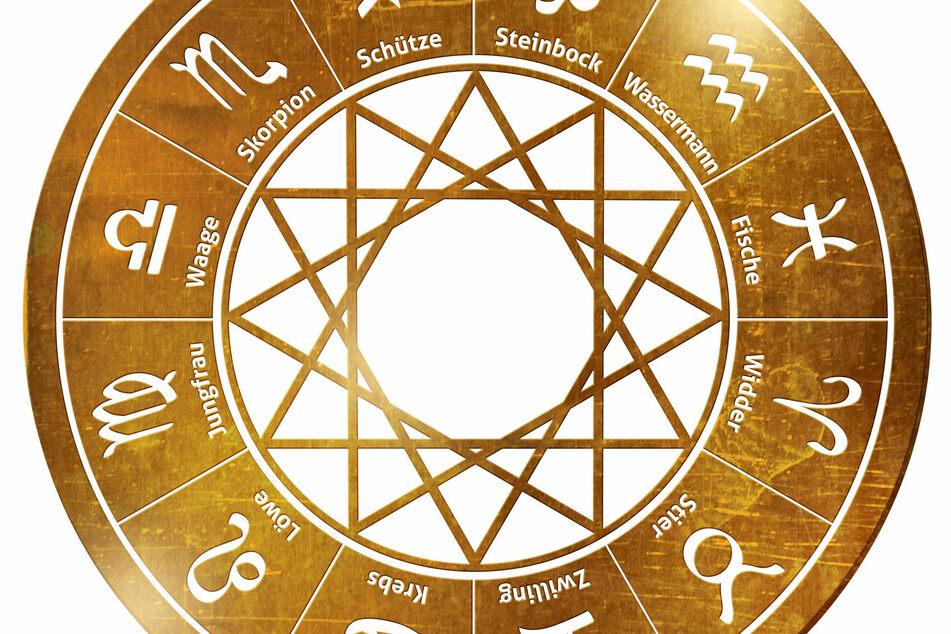 Today's horoscope: free horoscope for April 5, 2021