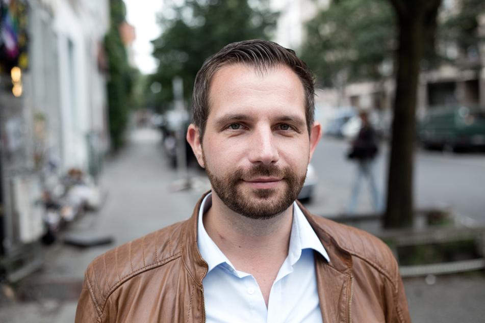Der SPD-Abgeordnete Tom Schreiber (42) fordert eine Einzäunung des James-Simon-Parks.