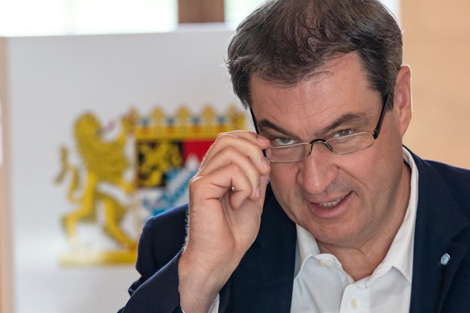 Schnell aber mit Vorsicht möchte Markus Söder dem Freistaat zurück zur Normalität verhelfen. (Archiv)