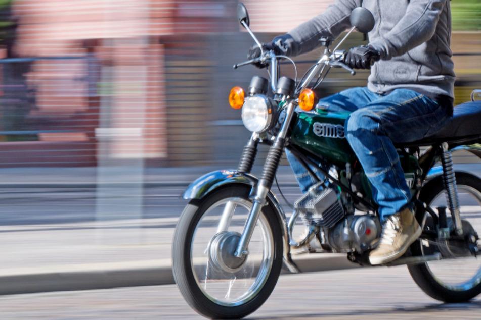 Ab Freitag dürfen 15-Jährige in Hessen Moped fahren (Symbolbild).