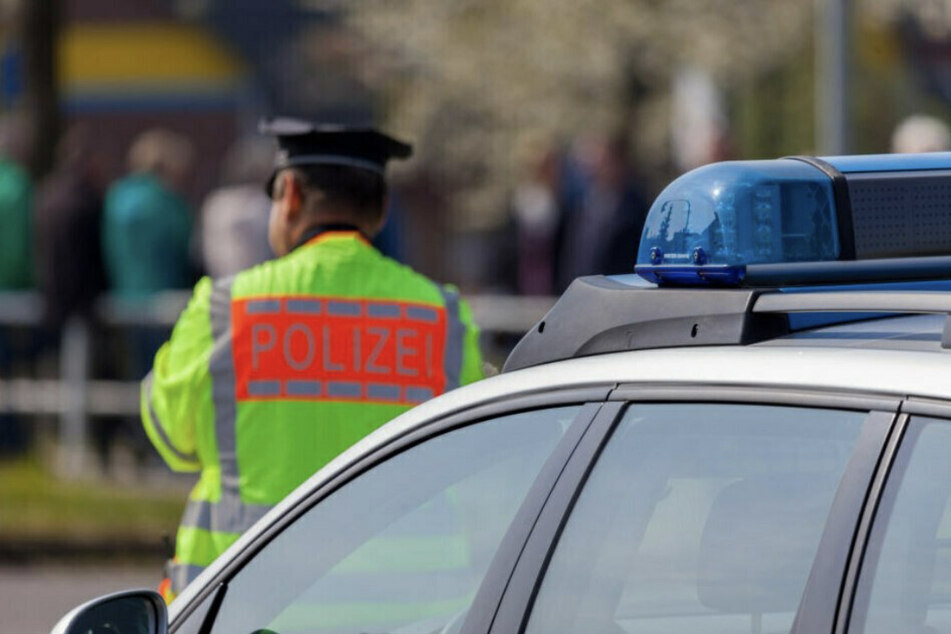 Audi-Fahrer (31) flüchtet mit 2,06 Promille und ohne Licht vor Polizeikontrolle