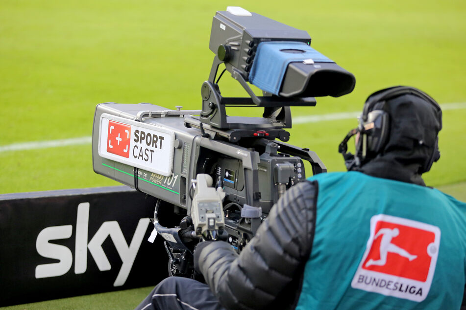 Grund zur Freude: Sky zeigt die Konferenzen der Bundesligen am Wochenende im Free-TV.