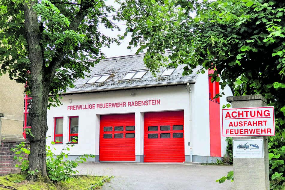 Die Freiwillige Feuerwehr Rabenstein drängt auf die Wiedereröffnung des Rettungsweges.