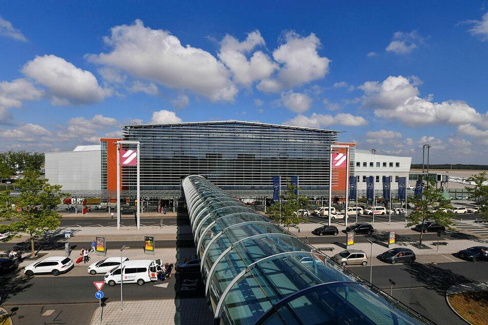Am Flughafen Dresden wird bisher überhaupt nicht getestet. Das soll - wie in Leipzig - ab Montag möglich sein.