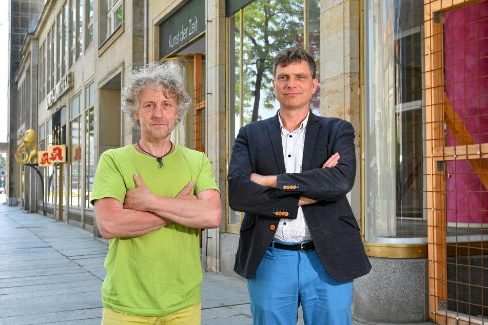 Torsten Schulze (51, l.) und Thomas Löser (49) von den Grünen wollen nicht nur dort für ein Ende des Leerstands sorgen.