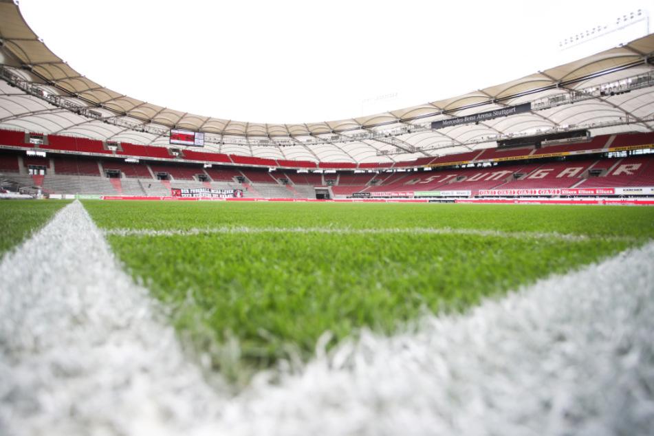 In der Mercedes-Benz Arena trifft der VfB Stuttgart auf den FC Bayern München.