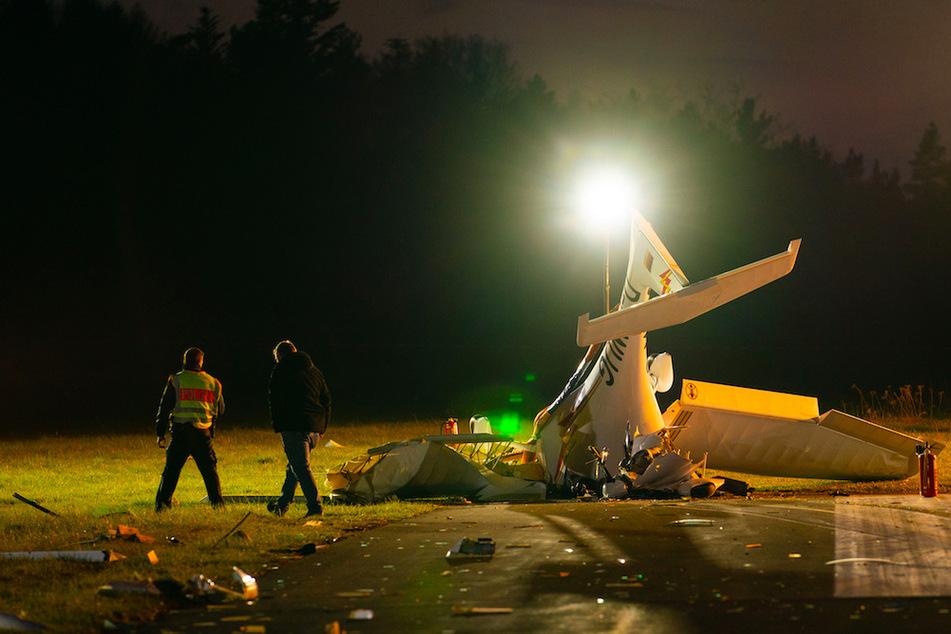 Zwei Tote bei Flugzeugabsturz: Explosionsgefahr verhindert Bergung der Opfer