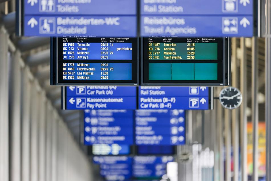 Zu Beginn der Ferien wird an den ostdeutschen Flughäfen wieder viel los sein. (Symbolbild)