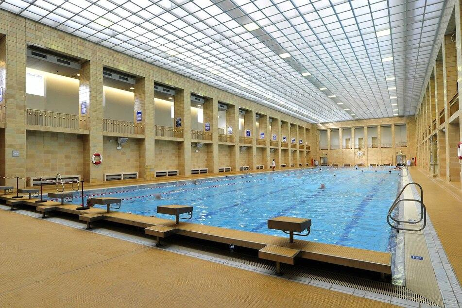 Das Chemnitzer Stadtbad darf ab Montag wieder öffnen.