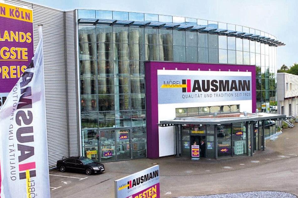 Totalumbau bei Möbel Hausmann! Bis zu 80% auf Ausstellungsstücke!