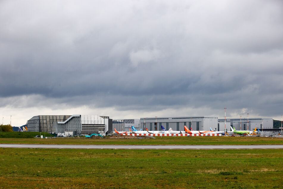 Coronavirus: Corona-Ausbruch bei Airbus: 500 Mitarbeiter in Quarantäne!