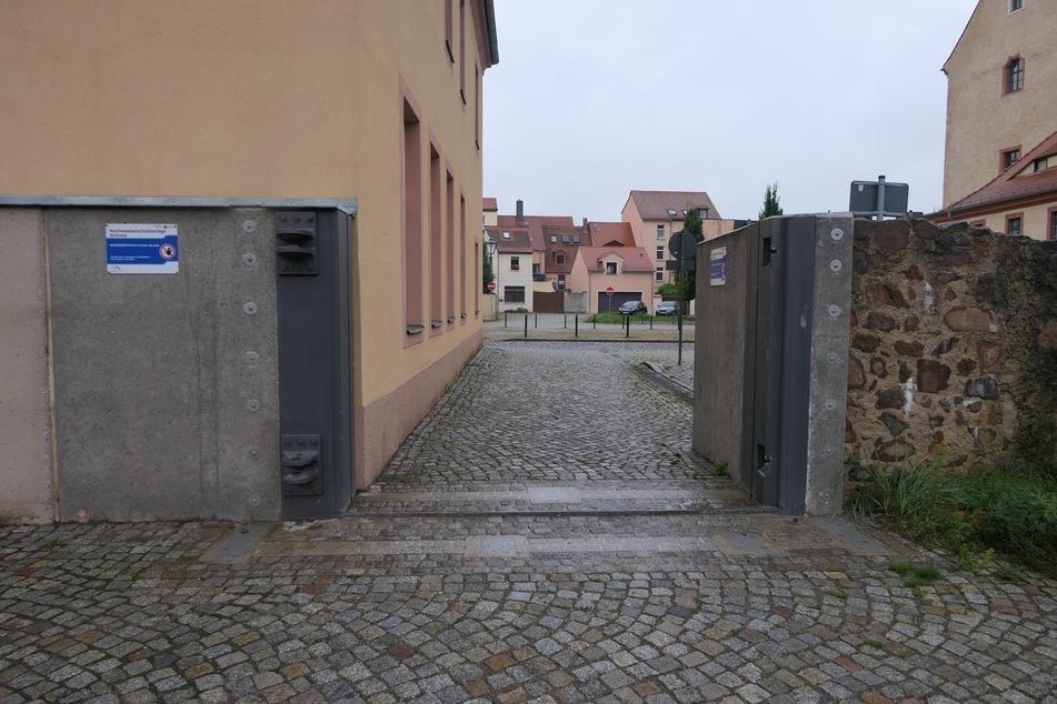 Momentan fehlt ein Tor in der Grimmaer Hochwasserschutzanlage.