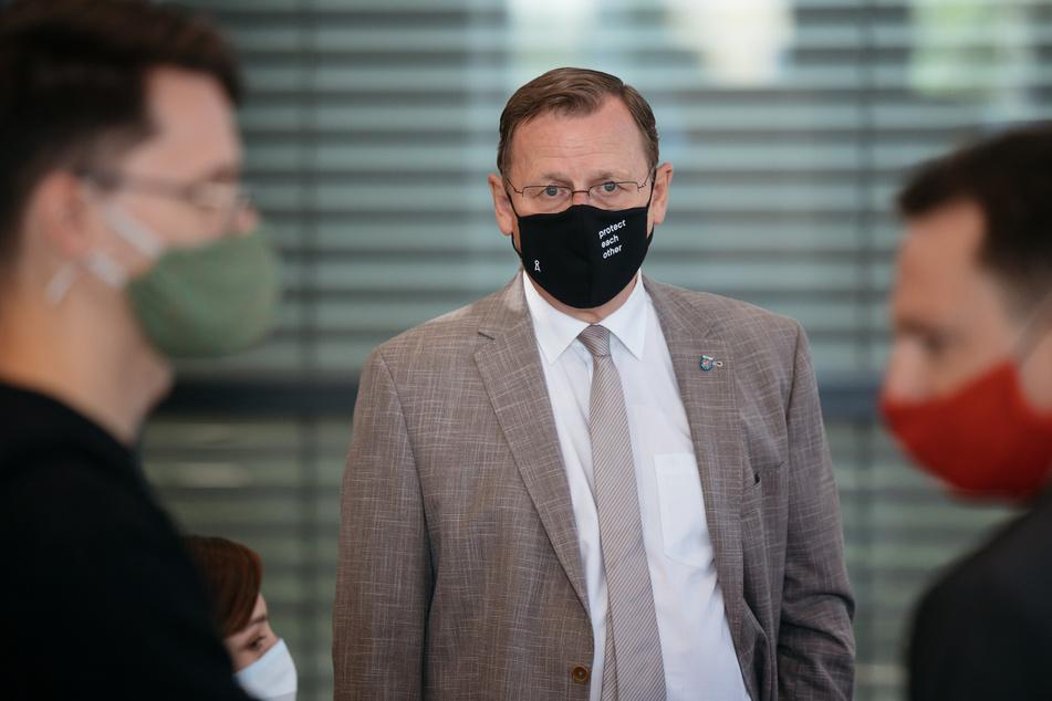 Verlor bei einer AfD-Rede die Fassung: Thüringens Ministerpräsident Bodo Ramelow (64, Linke) zeigte dem Abgeordneten Stefan Möller (45, AfD) den Stinkefinger.
