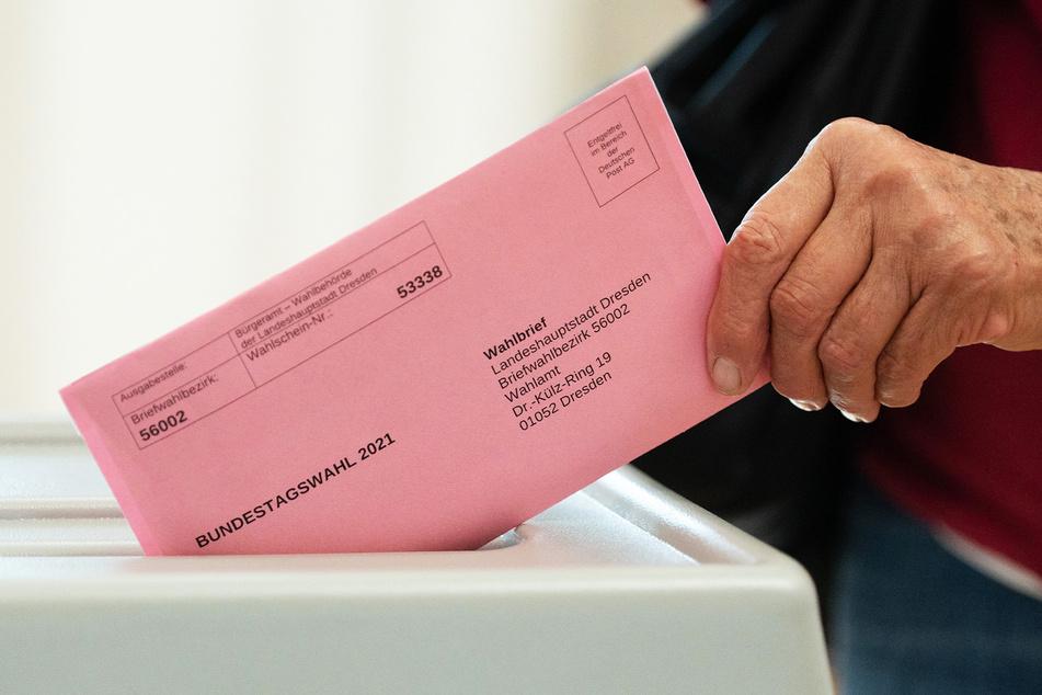 Durch die Möglichkeit der Briefwahl wird auch in der Corona-Pandemie von einer hohen Wahlbeteiligung ausgegangen.