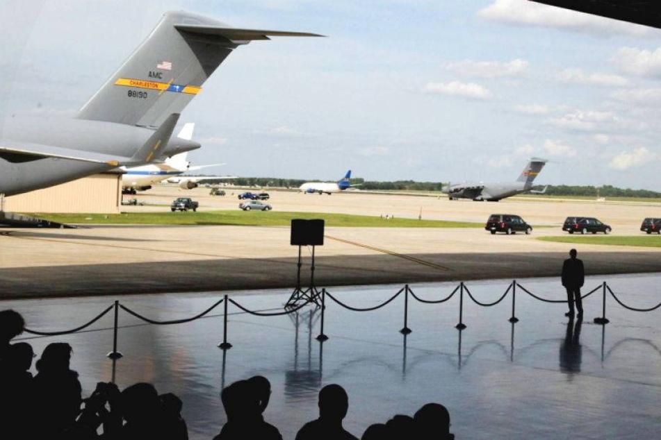 US-Medien melden Schüsse auf dem Gelände der Air Force One