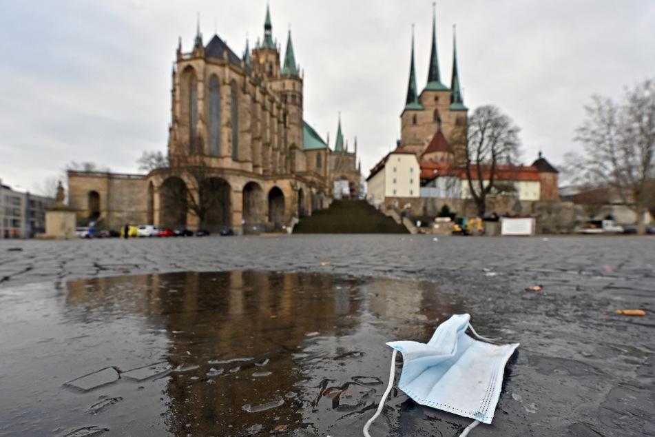 Am Samstag kommt es auf dem Domplatz in Erfurt zu einer Demonstration gegen die Corona-Maßnahmen.