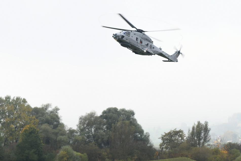 """Beim Brand eines solchen Hubschraubers können """"Fiese Fasern"""" entstehen."""