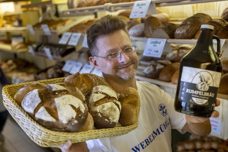 Entwickelt von Bäckermeister Ralf Forberger (48): Das Bergmanns-Brot wird mit Bier aus der Region angesetzt.