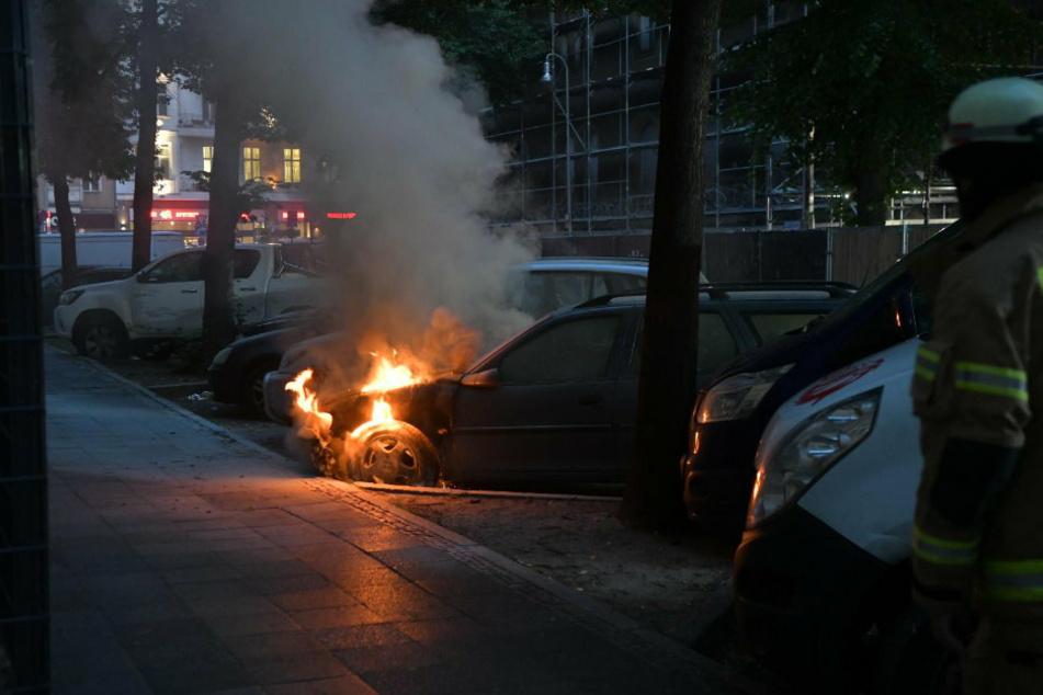 Wieder Brandserie in Neukölln: Autos in der Nacht abgefackelt