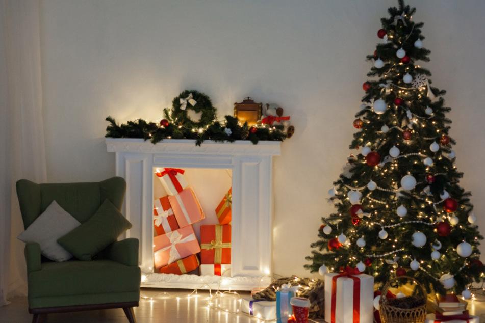 Die Geschenke liegen schon unter dem Baum. Doch dir fehlt noch etwas? Das kannst Du noch schnell selbst machen.
