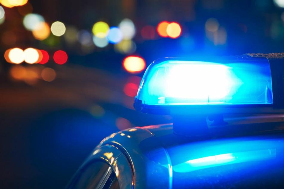 Streit mit Mutti ruft Polizei auf den Plan, die macht eine interessante Entdeckung