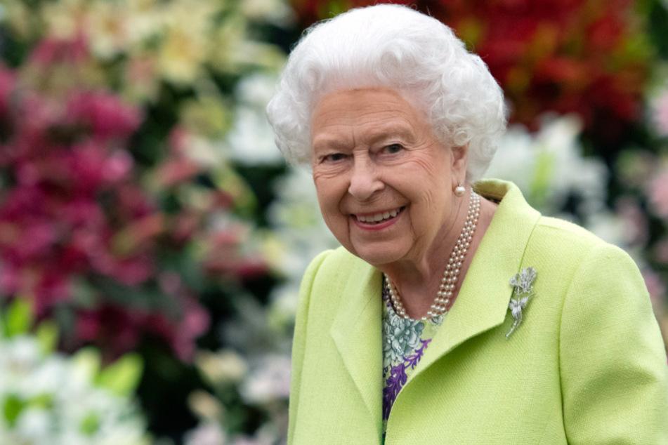 Queen Elizabeth (94) ließ die frohe Botschaft über Twitter verkünden.