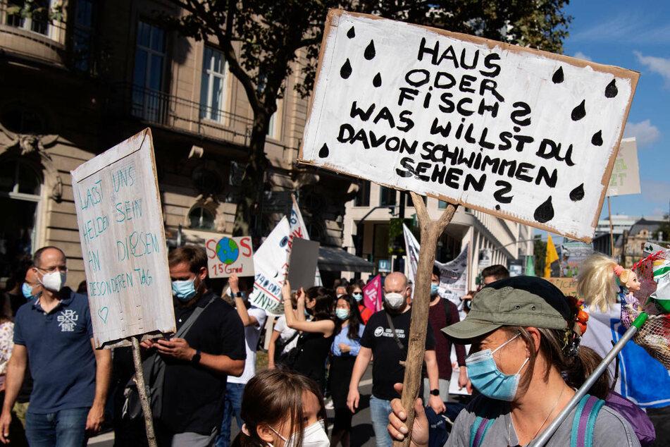 """Fridays For Future: Tausende Demonstranten bei """"Globalem Klimastreiktag"""" in Frankfurt"""