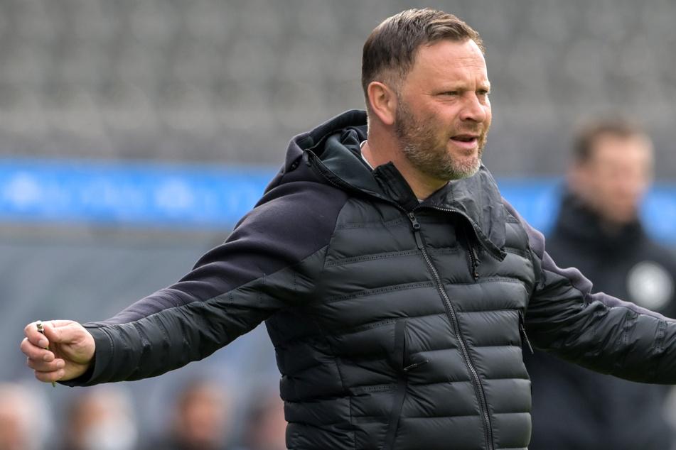 Hertha-Trainer Pal Dardai (45) kann mit dem Unentschieden gegen Borussia Mönchengladbach leben, auch wenn mehr drin gewesen wär.