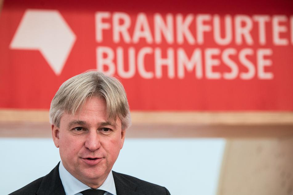 Juergen Boos, Direktor der Frankfurter Buchmesse, spricht auf der Pressekonferenz der Buchmesse.