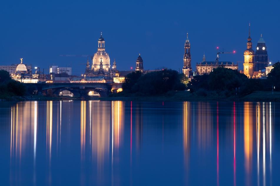 Sächsische Städte wie Dresden dürfen sich wieder über mehr Tourismusgäste freuen.