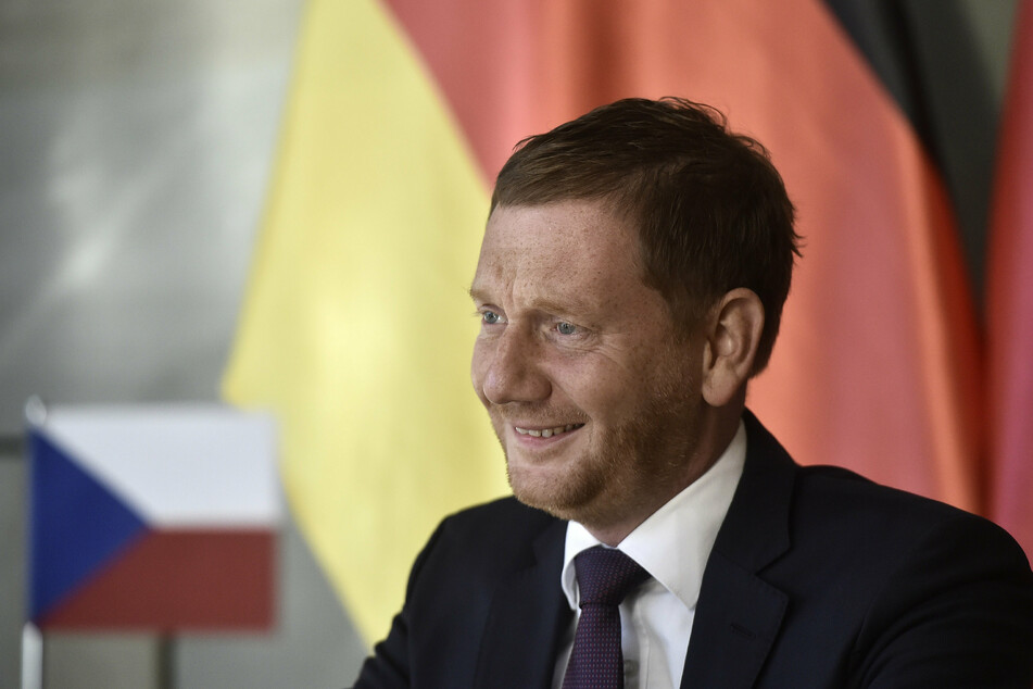 Sachsens Ministerpräsident Michael Kretschmer hofft auf länderspezifische Corona-Regeln.